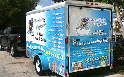 Vehicle graphics and lettering service